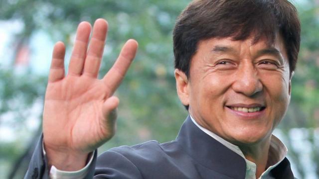 Jackie Chan oferece recompensa de 1 milhão de yuans para quem criar vacina do coronavírus
