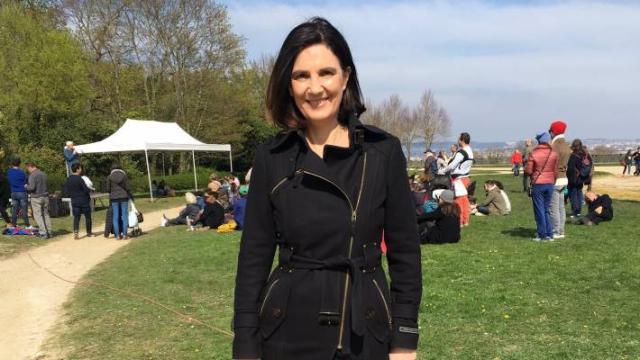 Le ministre de l'intérieur saisit la justice après les tweets racistes d'Agnès Cerighelli