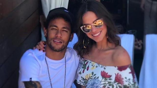 Neymar revela evitar namoro, e internautas apontam indireta a Marquezine