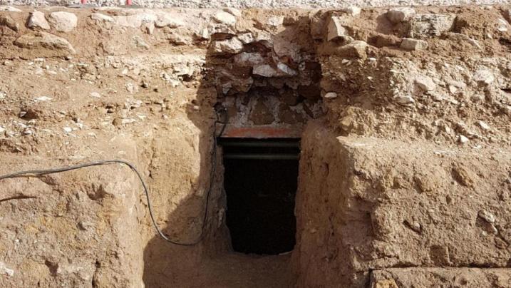 Roma, scoperta nel Foro Romano: rinvenuta una tomba, probabile sarcofago di Romolo