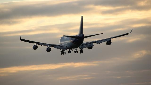 Aerei: possibili disagi per lo sciopero Vueling e Alitalia del 25 febbraio