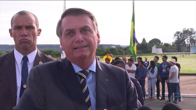 Deputados vão pra cima de Bolsonaro após desrespeito a jornalista da
