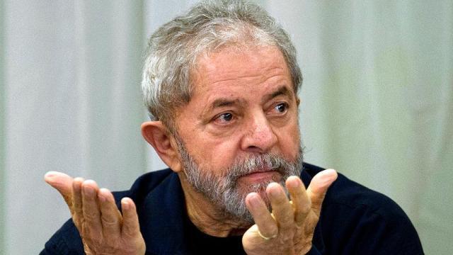 Lula presta declaração à PF em inquérito pedido por Moro