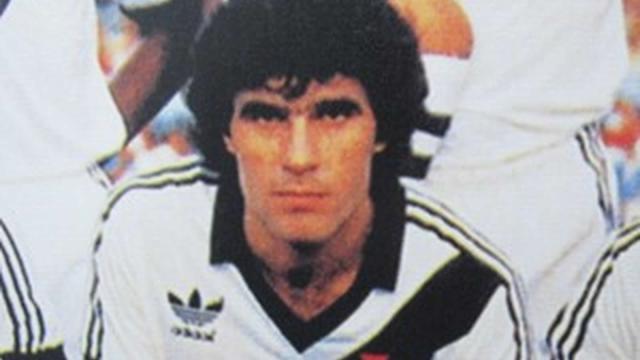 Volante revelado pelo Guarani e campeão pelo Vasco, Henrique Kupper, faleceu nesta quarta