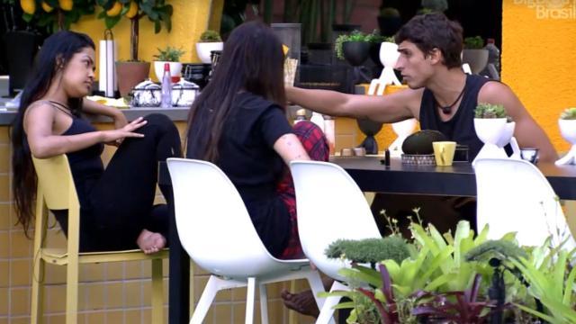 'BBB20': Felipe fala de atitude de Daniel e questiona se o brother é 'retardado agora'