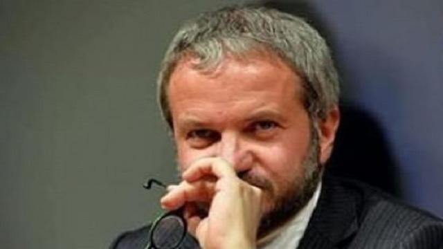 Coronavirus, Borghi si chiede se i pm arresteranno Conte e Speranza per epidemia