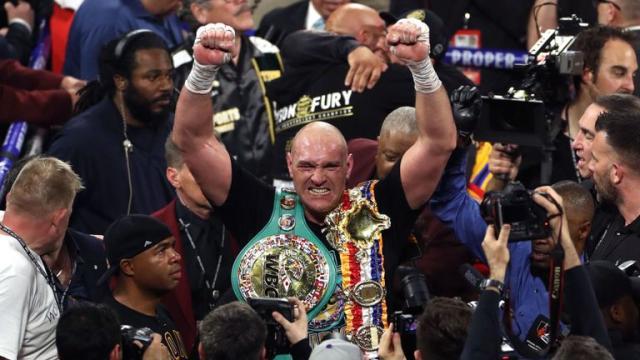 Tyson Fury demolisce Wilder e torna campione del mondo dei pesi massimi
