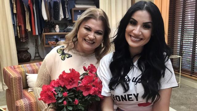 Mãe de Bianca Andrade, do 'BBB20', mostra repúdio com plano de fãs: 'prefiro que ela saia'