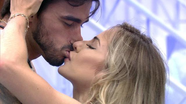 Guilherme termina com Gabi Martins após diversas crises de ciúmes