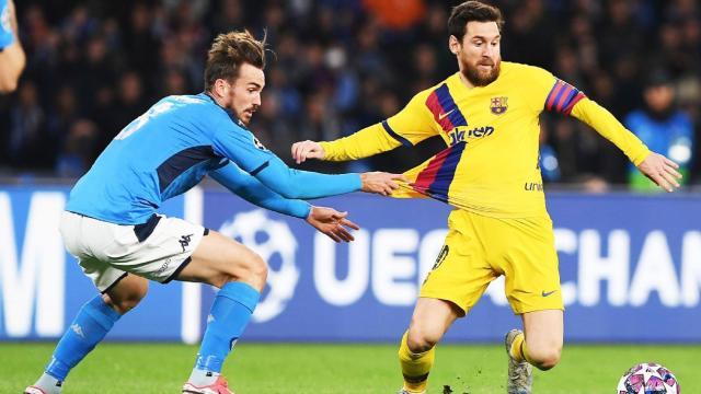 Pela UEFA Champions League, Napoli e Barcelna ficam só no empate