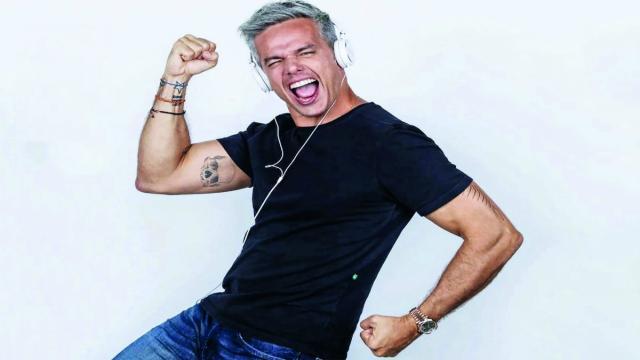 Gugu pode ser substituído por Otaviano Costa e ele comenta: 'me sentiria honrado'