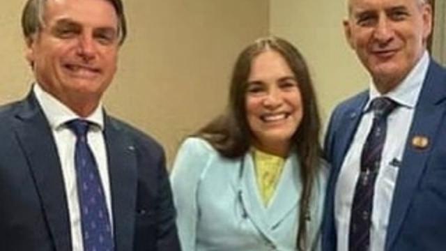Globo e Regina Duarte entram em acordo e encerram contrato