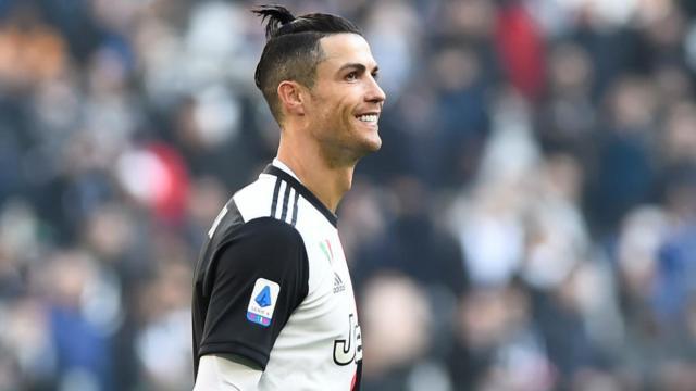 PSG : Cristiano Ronaldo serait prêt à aider le club de la capitale