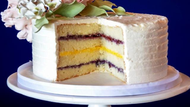 Lemon curd cake recipe is easy to make