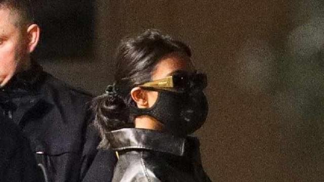Kourtney Kardashian wears face mask in Paris amid coronavirus outbreak