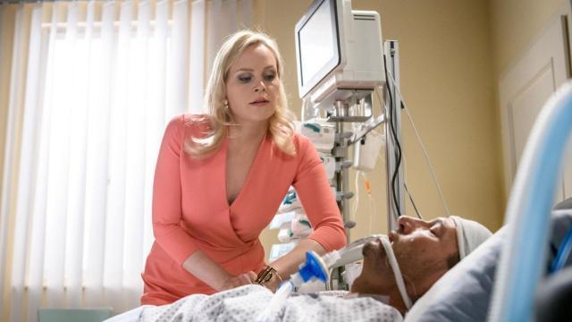 Anticipazioni Tempesta D'Amore, Saalfeld apre finalmente gli occhi dal coma