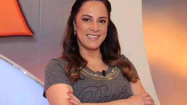 Após polêmica ao vivo e pedido de demissão, Silvia Abravanel volta ao ar