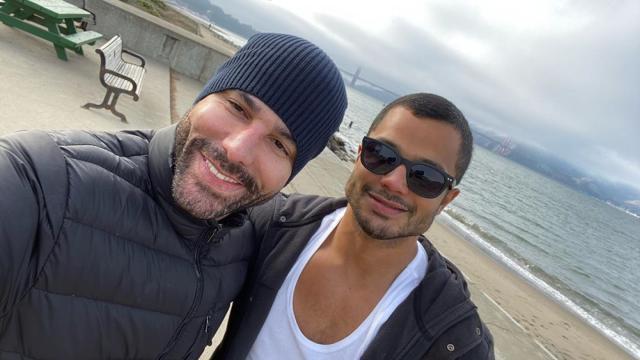 Ator da Globo, Rodrigo Sant'Anna reassume ser gay no 'Altas Horas'