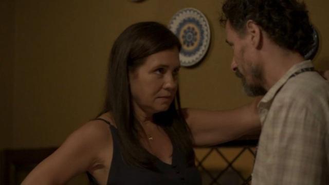'Amor de Mãe': Thelma dá uma chance a Durval e os dois começam se relacionar