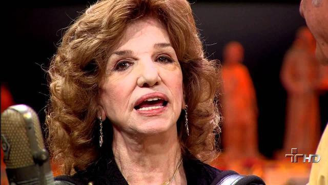 Cantora Adelaide Chiozzo morre aos 88 anos