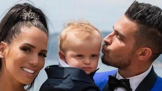 Les Marseillais : Les internautes s'énervent, Manon serait trop sur le dos de son fils