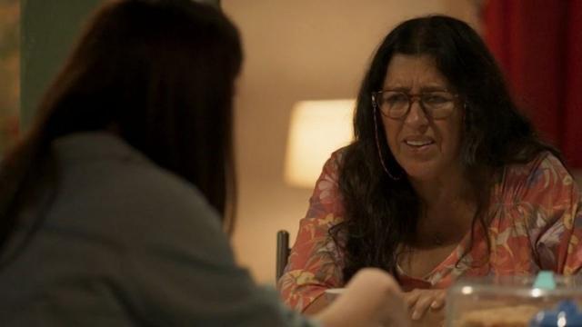 'Amor de Mãe': Lurdes comenta sobre Domênico com sua amiga