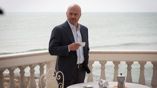 Il commissario Montalbano, spoiler 9 marzo: indagini sulla morte di Agata, amica di Livia