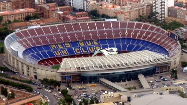 Se estudia la posibilidad de jugar sin público el Barcelona-Nápoles