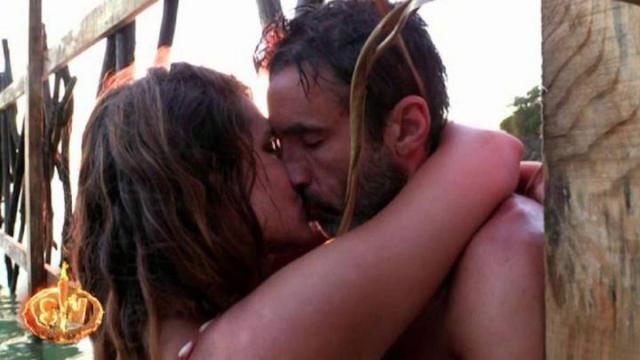 Supervivientes 2020: La pasión entre Hugo e Ivana se ha desatado en la playa