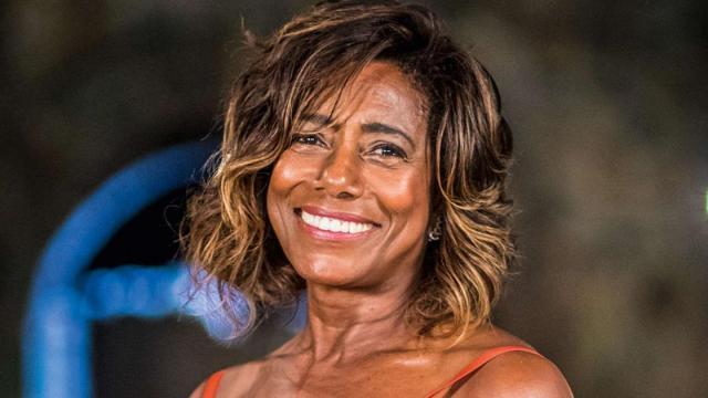Glória Maria gratifica médico que fez a retirada do tumor de seu cérebro