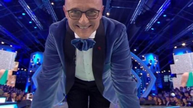 Grande Fratello Vip: Alfonso Signorini potrebbe condurre il reality da Milano