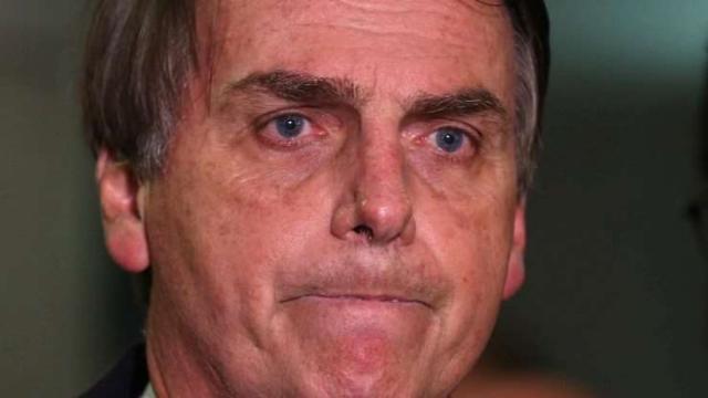 Bolsonaro critica Globo após reportagem com trans Suzy