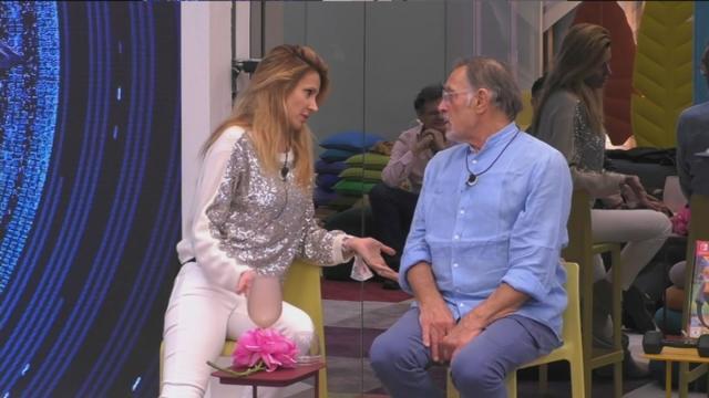 GFVip, secondo Nuovo ci sarebbe stato in passato un flirt tra Adriana Volpe e Fabio Testi