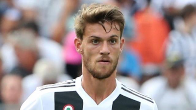 Coronavirus, Juventus: Daniele Rugani e il club bianconero in quarantena
