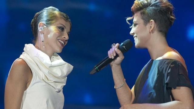 Emma Marrone chiama Alessandra Amoroso su IG, lei fa una gaffe: 'non ho mai fatto dirette'