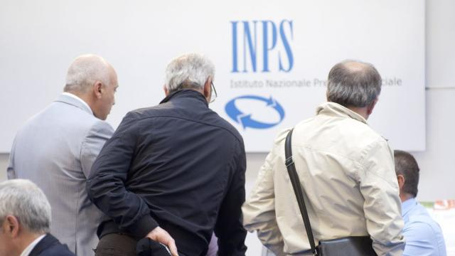 Pensioni INPS, da aprile ci sarà una rivalutazione degli assegni pari al 100%