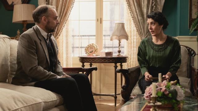 Una Vita, spoiler: Rosina e Liberto fingeranno di essere dei domestici