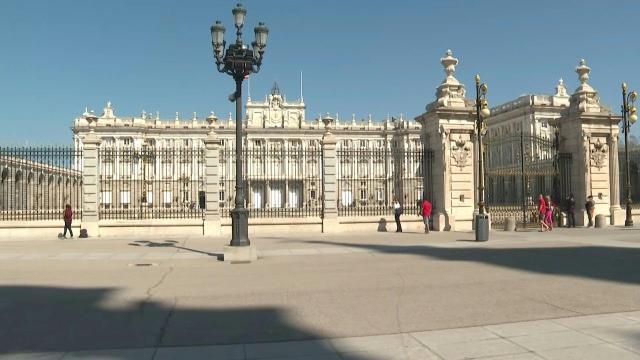 Capital da Espanha, Madri se transformou em uma cidade deserta por conta do coronavírus