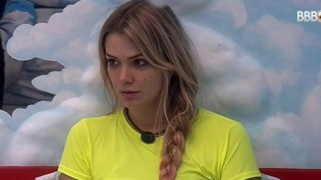 'BBB20': Marcela fica irritada com comportamento de Daniel
