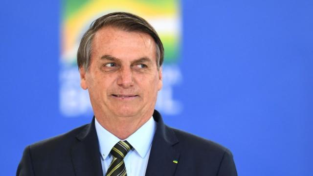 Jair Bolsonaro diz que o chefe do Executivo não pode ficar a mercê de chantagem