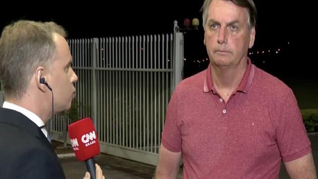 Site diz que CNN Brasil foi ao ar sem questionar Bolsonaro sobre suas declarações