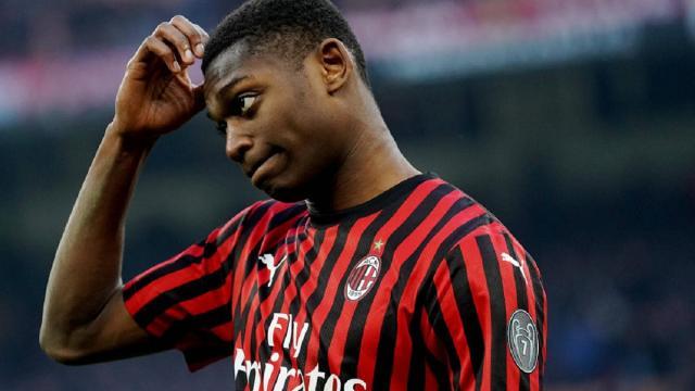 Milan, Leao dovrà risarcire lo Sporting Lisbona: 16,5 milioni la cifra