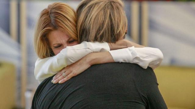 Gf Vip, il commosso addio di Adriana Volpe: 'Ho cose importanti da sistemare'