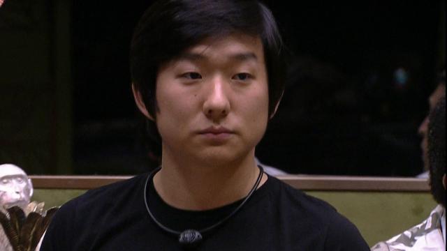 'BBB 20': Pyong se emociona ao conhecer o filho