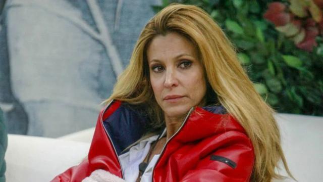 Adriana Volpe lascia il Grande Fratello Vip: un suo parente sta male