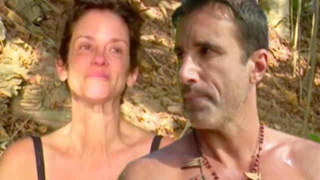 Supervivientes 2020: Elena sorprende a todos al abrazar muy emocionada a Hugo