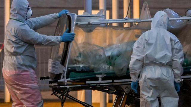 Confinada desiste do Big Brother Itália por conta de caso do coronavírus em sua família