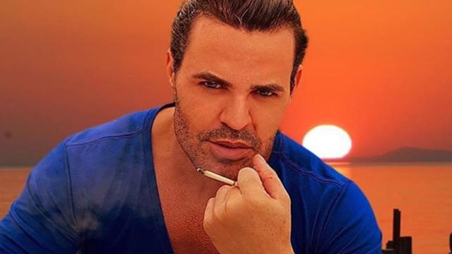 Eduardo Costa interage com seguidor na web e afirma: 'sou um semigay'