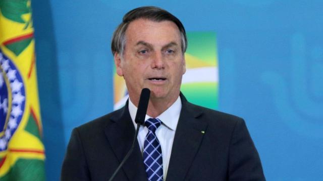Bolsonaro diz que pode realizar novo teste devido às suspeitas de coronavírus