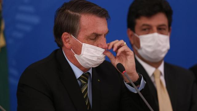 Bolsonaro não apoia fechamento de igrejas como prevenção ao COVID-19